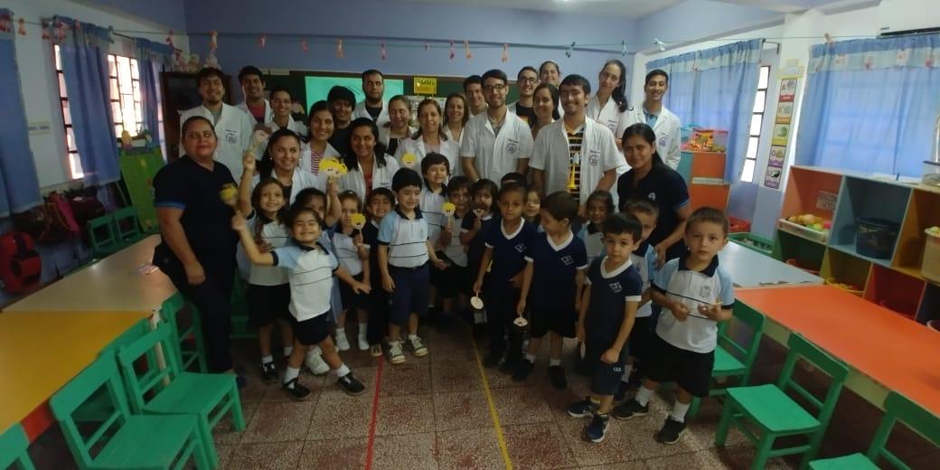 Promoción de la salud en escuelas de Coronel Oviedo.